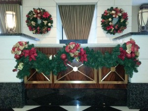 Holiday Design by Foliage Design Systems of Dallas, Texas