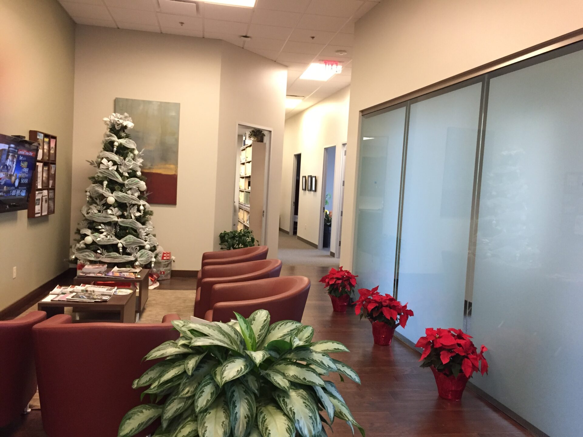 Christmas Decorations for Offices in Lewisville TX